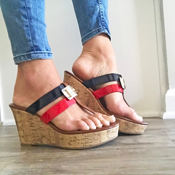 doppio tampone virtuale  Tommy Hilfiger Shoes | Cork Wedge Sandals Red White Blue | Poshmark